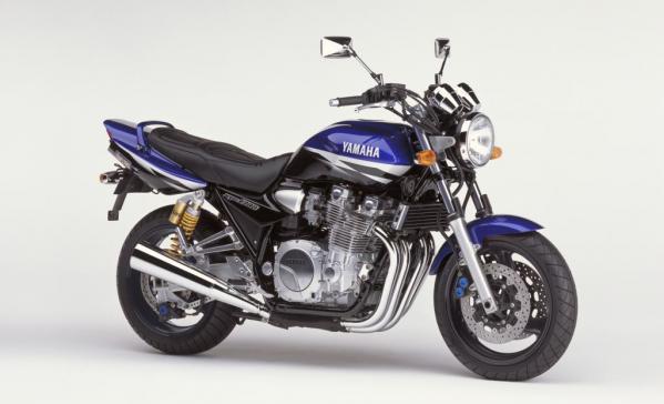 XJR1300 (2002)