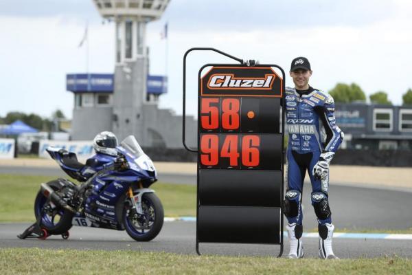 Jules Cluzel bat le record du tour du Circuit Carole (2020)